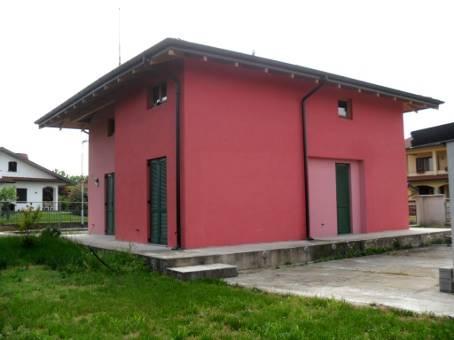 Villa, Zinasco, in nuova costruzione