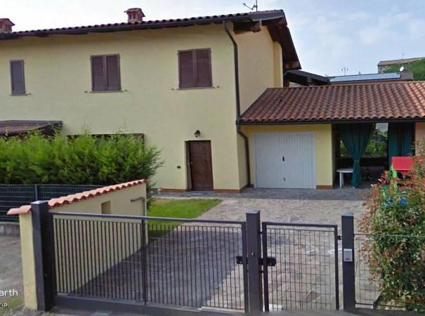 Villa a Schiera in vendita a Cava Manara, 8 locali, prezzo € 216.000 | CambioCasa.it
