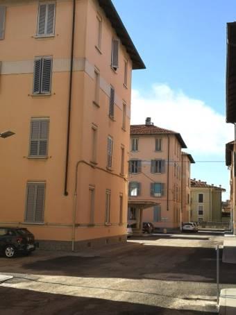 Quadrilocale, Pompieri - S. Giovannino, Pavia, da ristrutturare