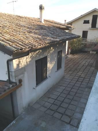 Villa in vendita a Cigognola, 8 locali, zona Località: BOSCHETTI, prezzo € 165.000   PortaleAgenzieImmobiliari.it