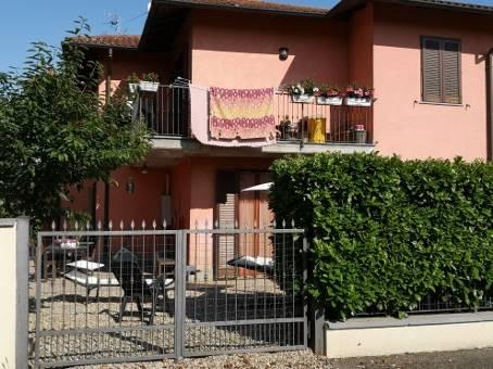 Villa a Schiera in vendita a Carbonara al Ticino, 7 locali, prezzo € 152.000 | CambioCasa.it
