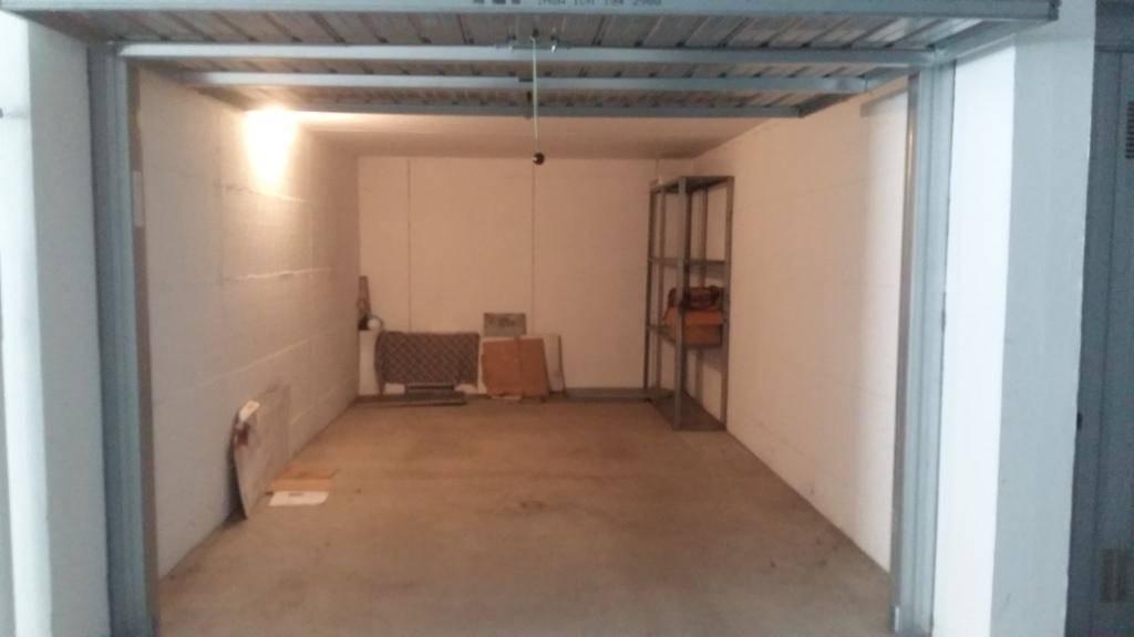 Garage / Posto auto in Via Privata Bedrich Smetana 5, San Biagio, Cazzaniga, Monza