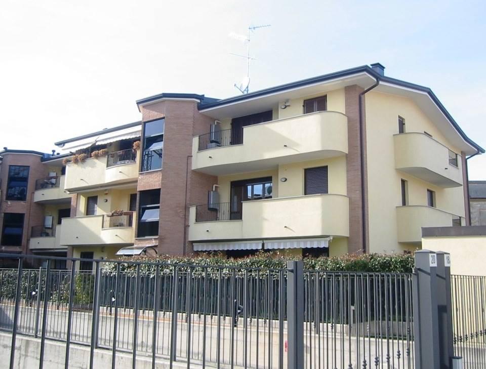 Bilocale in Via Giotto, Lissone