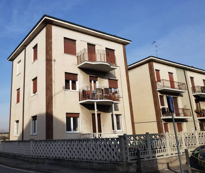 Trilocale in Via Per Monza, Cologno Monzese