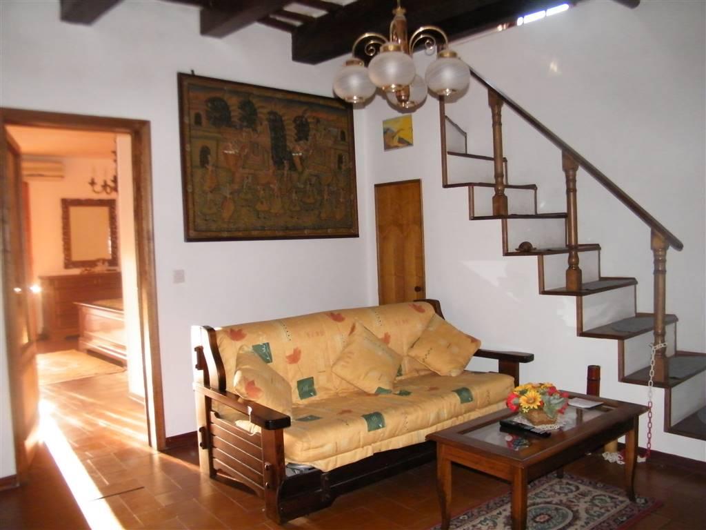 Appartamento in vendita a Figline e Incisa Valdarno, 3 locali, zona Località: CENTRO, prezzo € 125.000 | CambioCasa.it