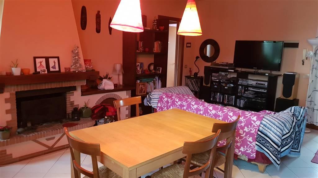 Appartamento in vendita a Cavriglia, 4 locali, zona Località: MASSA SABBIONI, prezzo € 115.000 | PortaleAgenzieImmobiliari.it
