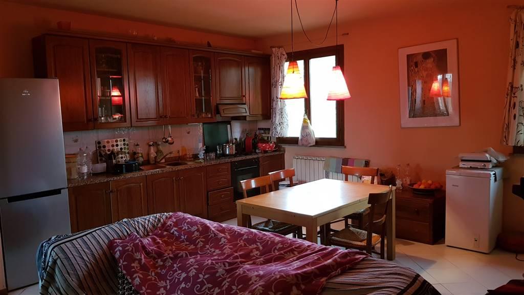 Appartamento in vendita a Cavriglia, 4 locali, zona Località: MASSA SABBIONI, prezzo € 150.000 | PortaleAgenzieImmobiliari.it