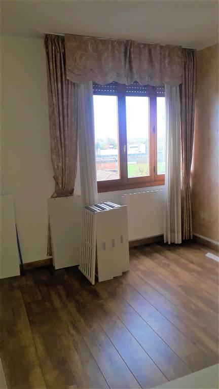 Appartamento in vendita a Figline e Incisa Valdarno, 3 locali, zona Località: STAZIONE FIGLINE, prezzo € 98.000 | PortaleAgenzieImmobiliari.it