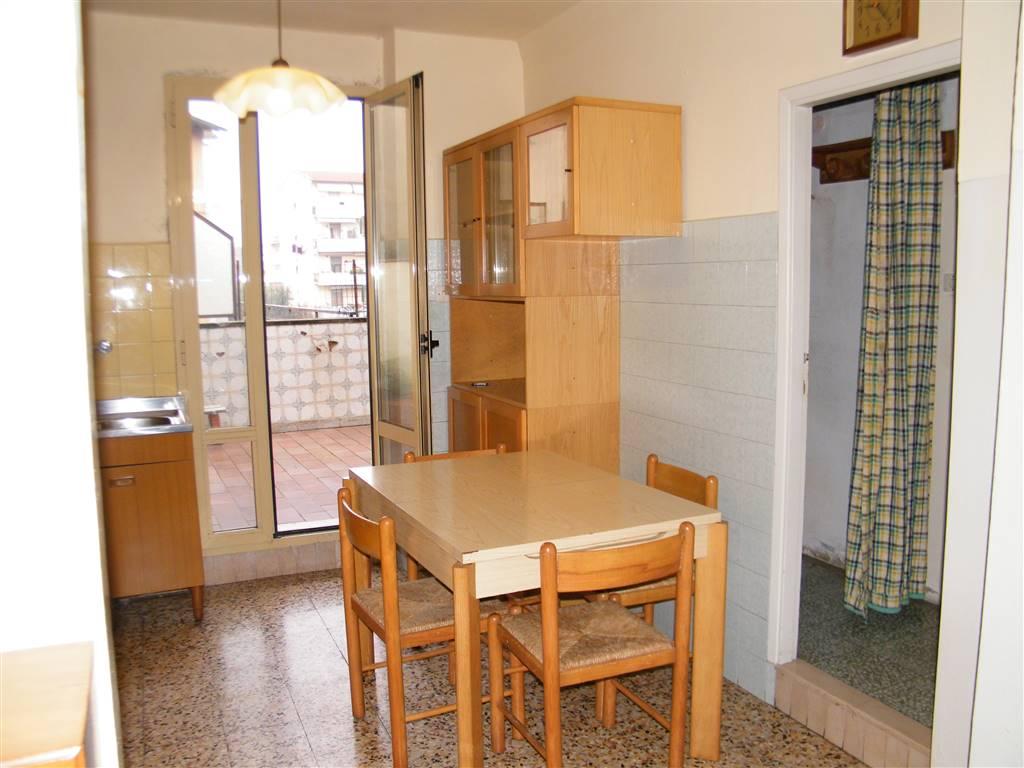 Appartamento in vendita a Figline e Incisa Valdarno, 5 locali, zona Località: FIGLINE VALDARNO, prezzo € 89.000 | PortaleAgenzieImmobiliari.it
