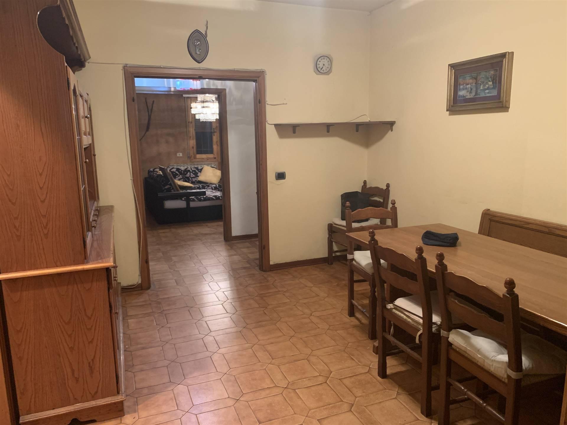 Appartamento in vendita a Figline e Incisa Valdarno, 4 locali, zona Località: SAN BIAGIO, prezzo € 165.000 | CambioCasa.it