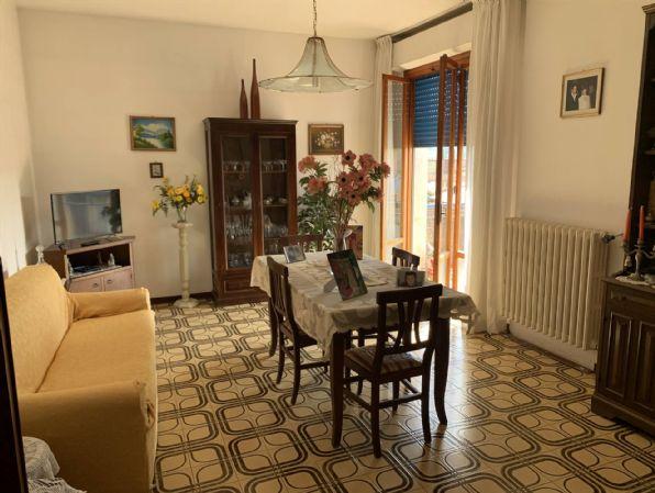 Appartamento in vendita a Figline e Incisa Valdarno, 4 locali, zona Località: SAN BIAGIO, prezzo € 125.000 | PortaleAgenzieImmobiliari.it