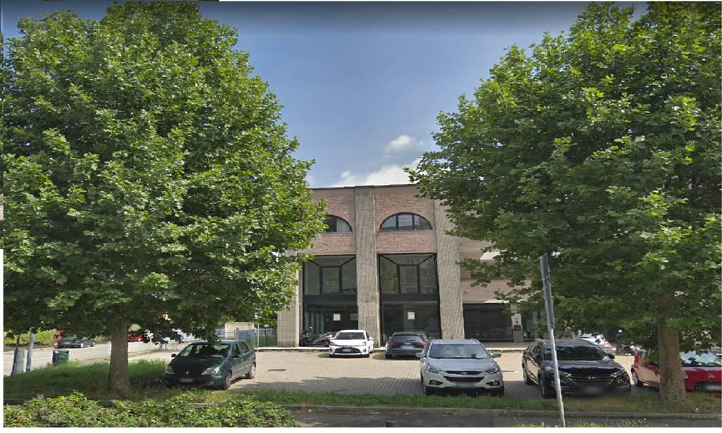 Negozio / Locale in affitto a Arcore, 1 locali, prezzo € 3.333   CambioCasa.it