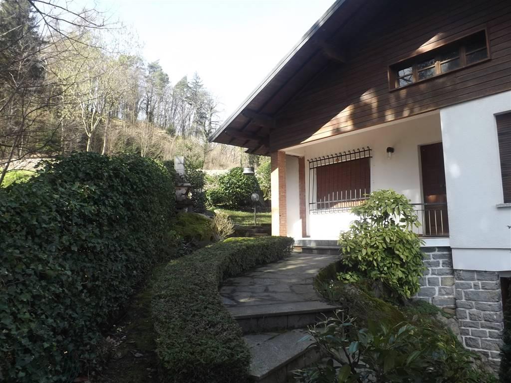 Villa in vendita a Bellagio, 4 locali, zona Località: GUELLO, prezzo € 330.000   PortaleAgenzieImmobiliari.it