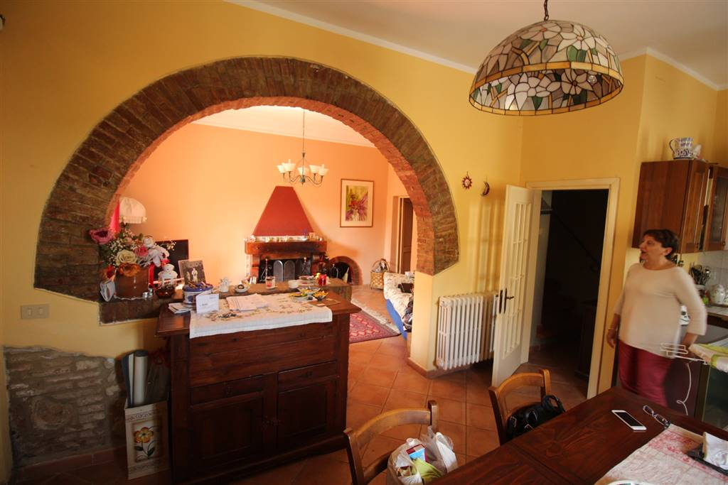 Casa semi indipendente, Gabbro, Rosignano Marittimo, ristrutturato