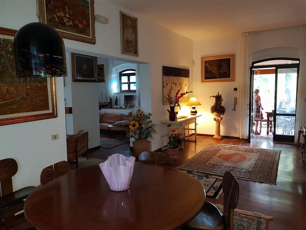 Villa, Luciana, Fauglia