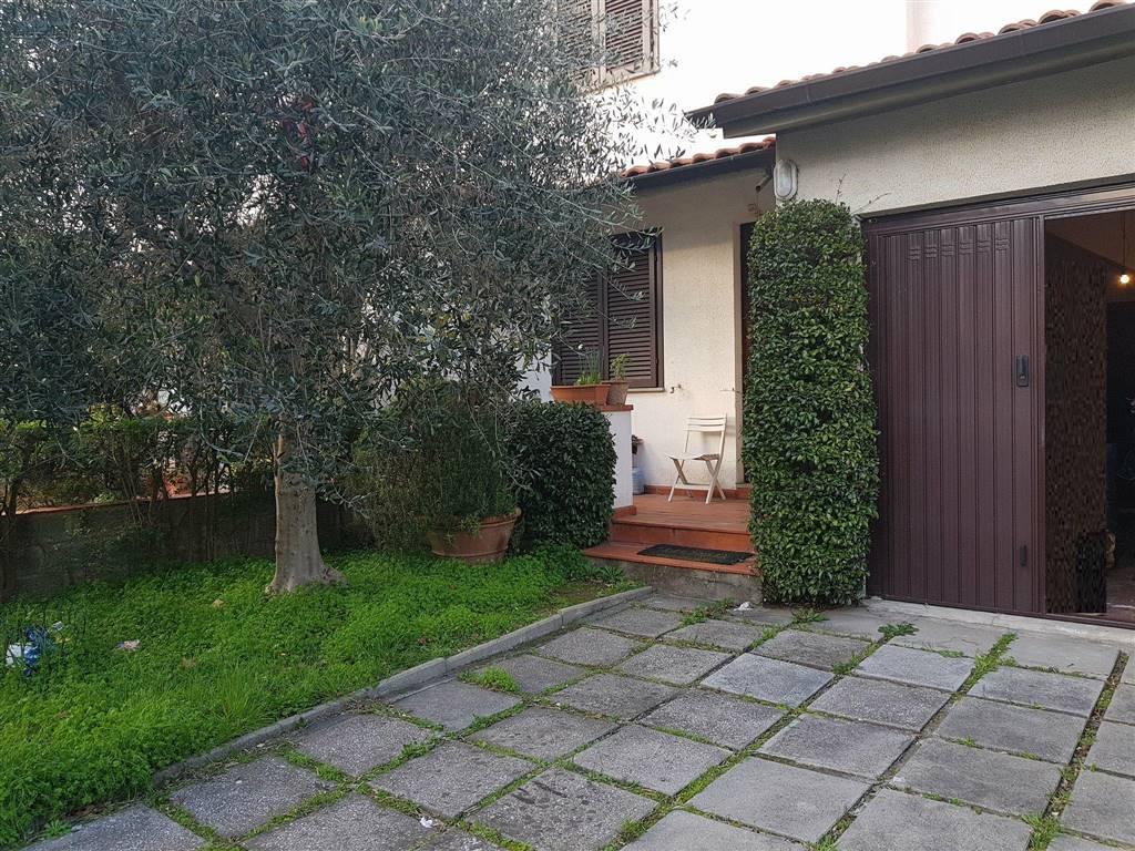 Appartamento in vendita a Cascina, 7 locali, zona Zona: Casciavola, prezzo € 295.000 | CambioCasa.it