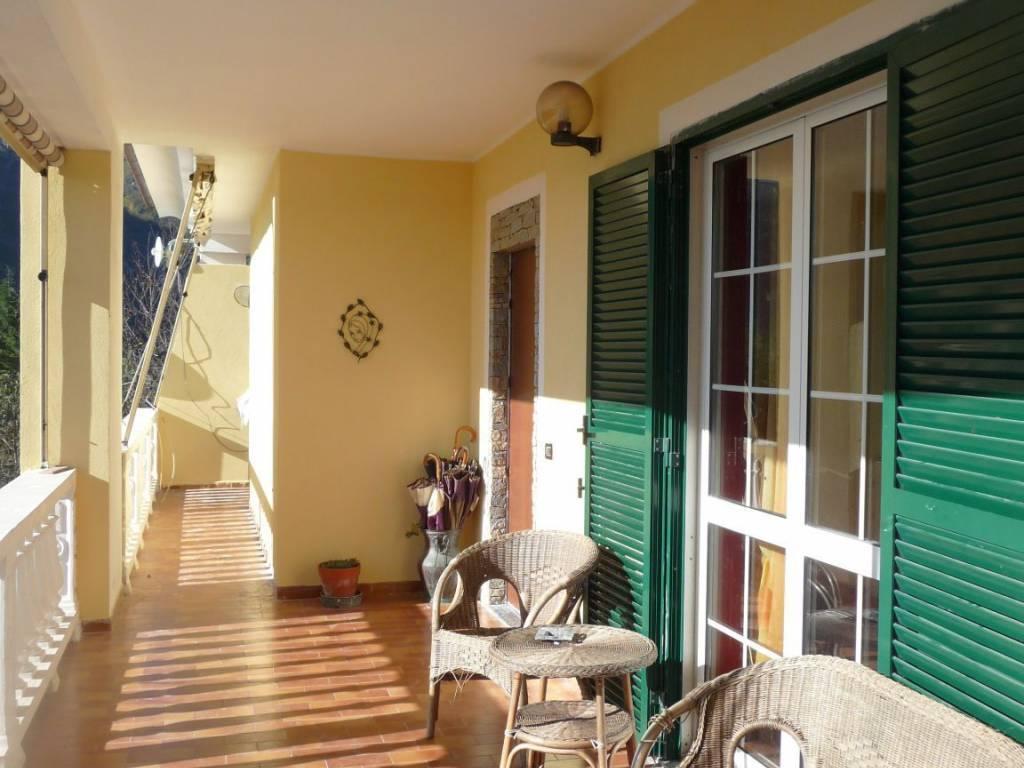 Villa in vendita a Magliolo, 6 locali, prezzo € 410.000   PortaleAgenzieImmobiliari.it