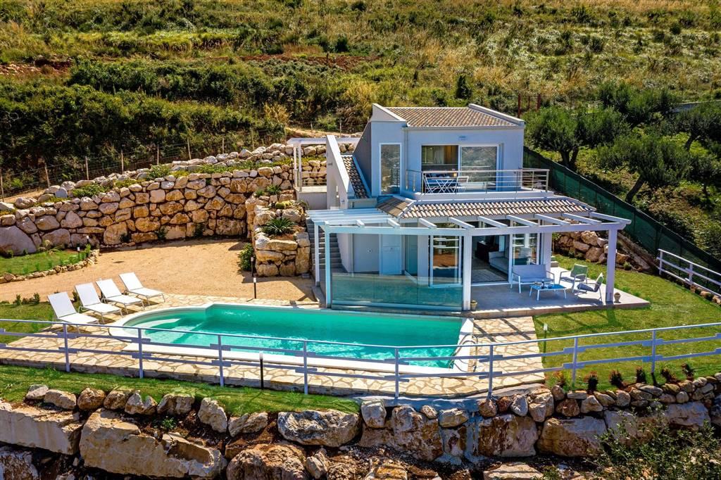 Villa in affitto a Castellammare del Golfo, 6 locali, Trattative riservate | CambioCasa.it