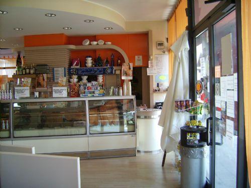 Bar in vendita a Gorgonzola, 2 locali, prezzo € 380.000 | CambioCasa.it