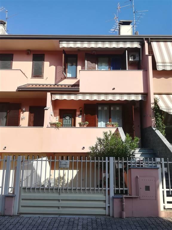 Villa a Schiera in vendita a Vimodrone, 6 locali, prezzo € 370.000   CambioCasa.it