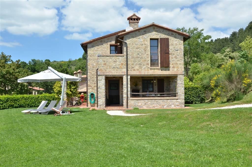 Rustico / Casale in affitto a Roccalbegna, 3 locali, zona Zona: Triana, prezzo € 4.800 | CambioCasa.it