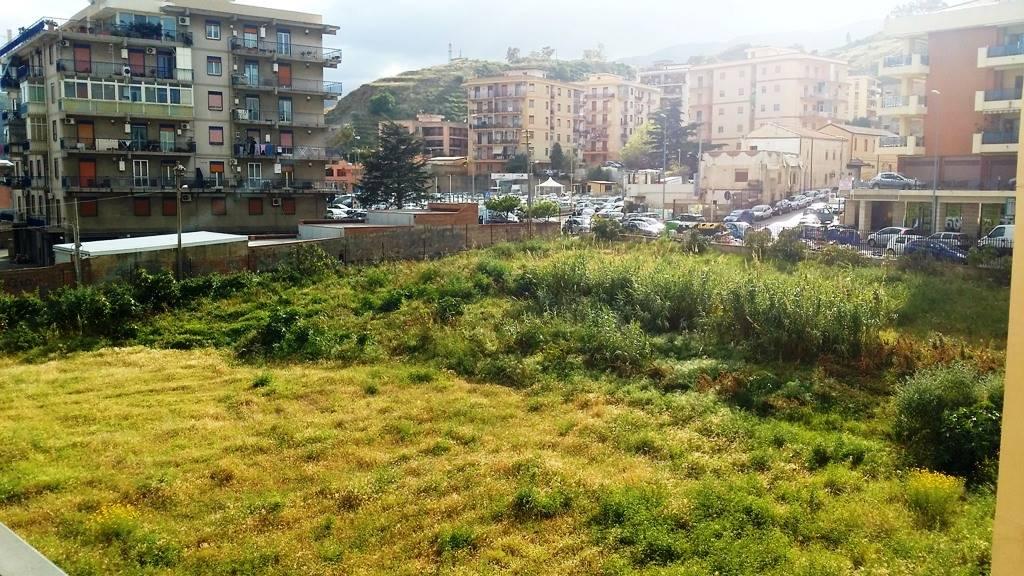 Appartamento in Pistunina, Messina
