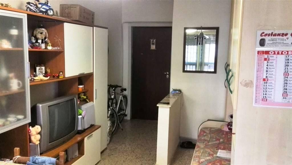 Bilocale in Bordonaro Pal.7, Contesse,gazzi,tremestieri, Messina