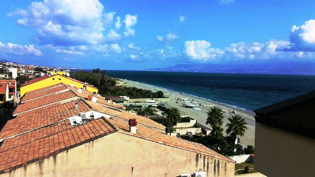 Quadrilocale in Mili Marina, Mili,galati,giampilieri, Messina