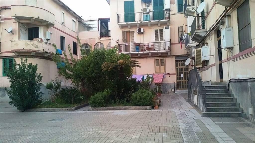 Trilocale in Via Salandra 38, Messina
