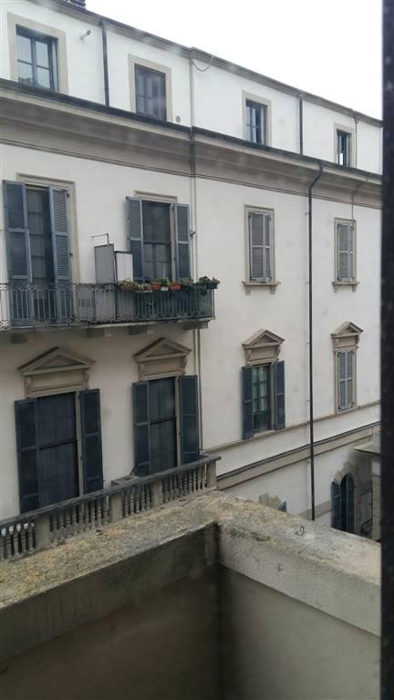 Trilocale in Via Della Moscova, Garibaldi, Isola, Maciachini, Milano