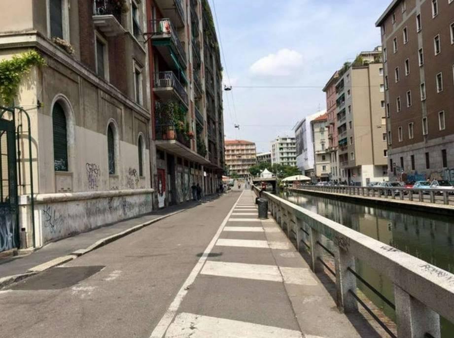 Trilocale in Alzaia Naviglio Pavese, Milano