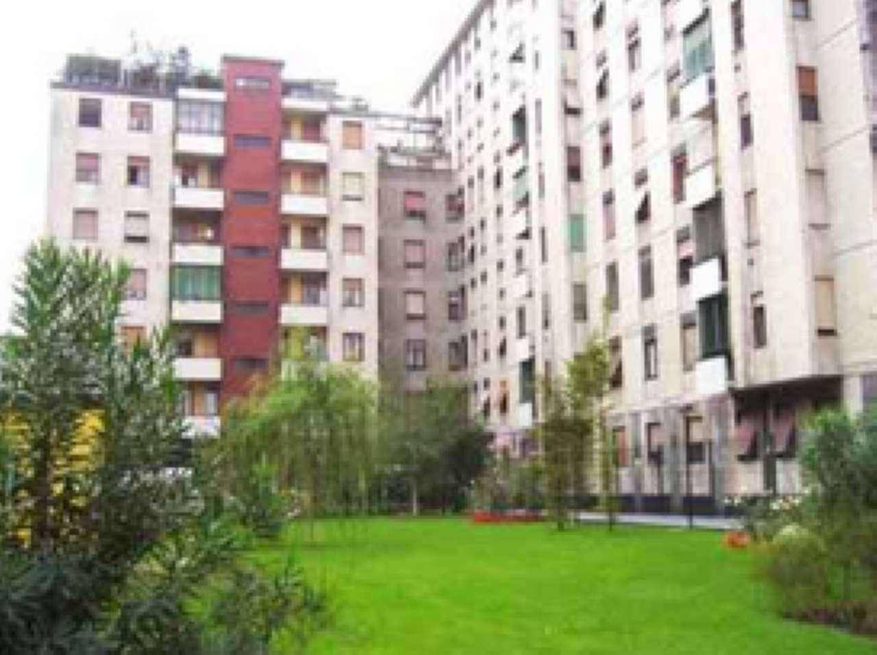 CORVETTO, MILANO, Apartment for rent of 60 Sq. mt., Good condition, Heating Centralized, Energetic class: G, Epi: 275 kwh/m2 year, placed at 8° on 8,