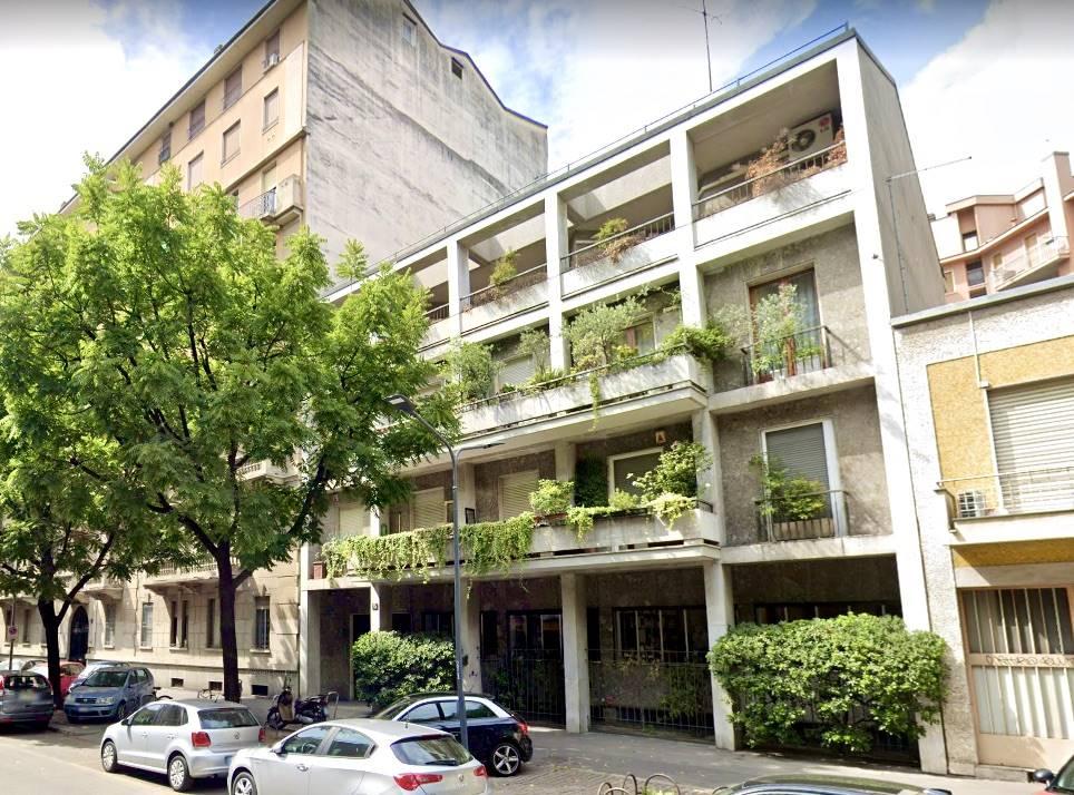 SEMPIONE, MILANO, Квартира на продажу из 130 Км, Требующее ремонта, Отопление Централизиванное, Класс энергосбережения: G, Epi: 175 kwh/m2 год, на земле Поднятый на 3, состоит из: 4 Помещения,