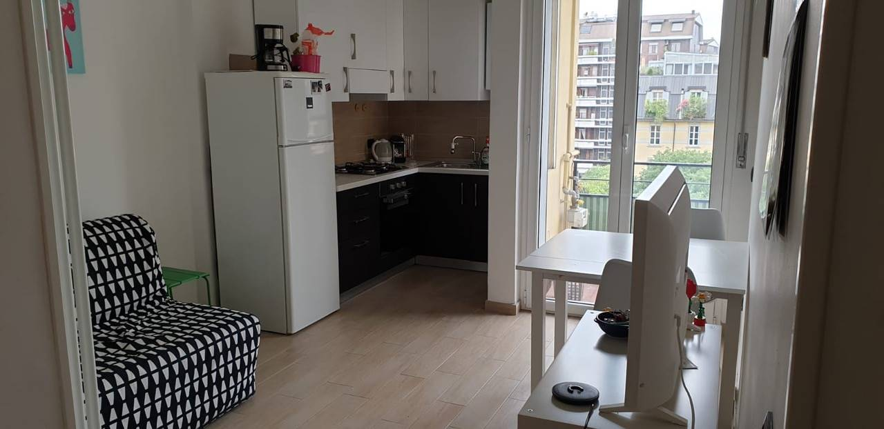 MONUMENTALE, MILANO, Apartment for rent of 46 Sq. mt., Restored, Heating Centralized, Energetic class: G, Epi: 430,68 kwh/m2 year, placed at 6° on 6,