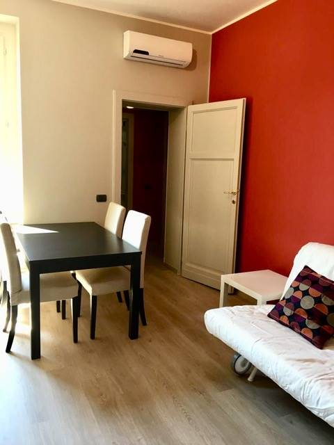 BOCCONI, MILANO, Квартира в аренду, После ремонта, Отопление Централизиванное, Класс энергосбережения: G, Epi: 175 kwh/m2 год, на земле 3° на 3, состоит из: 2 Помещения, Подвергаться, , 1 Комнаты, 1