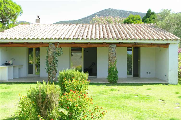 Villa, Teulada, in ottime condizioni