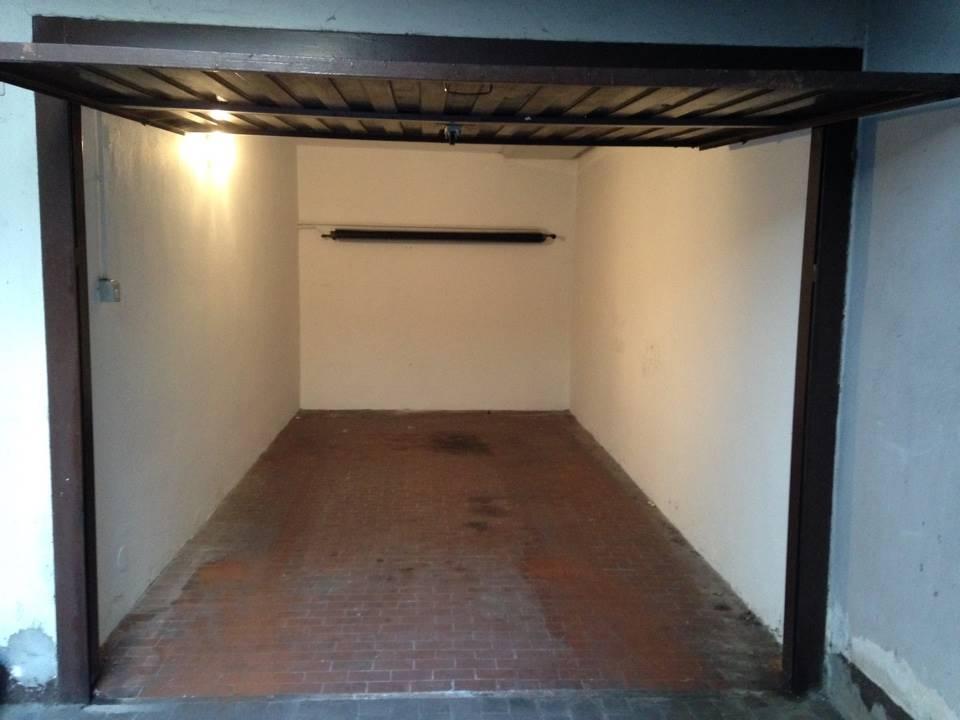 in affitto Garage / Posto auto, Via Albertolli 10, Milano ...
