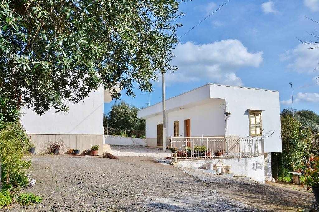 Villa in Strada Comunale Lamioni 5, Castellana Grotte