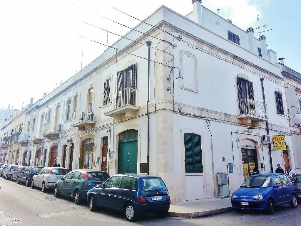 Casa singola in Via Savonarola 41, Putignano