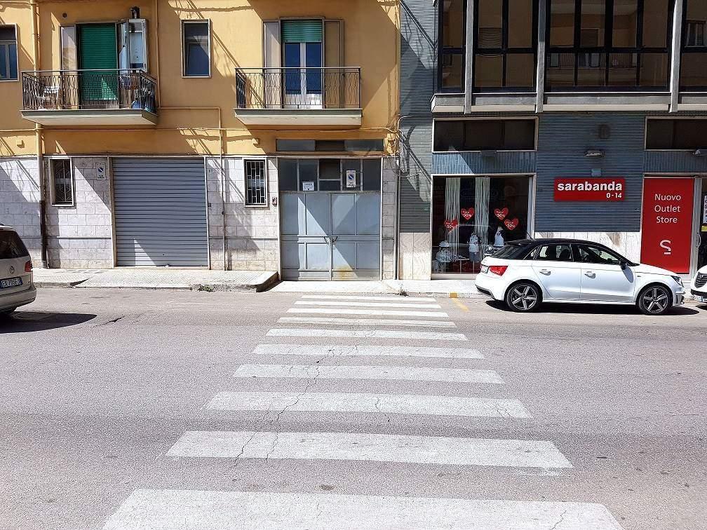 Garage posto auto in vendita a putignano zona semicentro - Agenzie immobiliari putignano ...