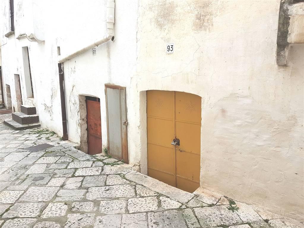 Stanza camera in vendita a putignano zona centro storico - Agenzie immobiliari putignano ...