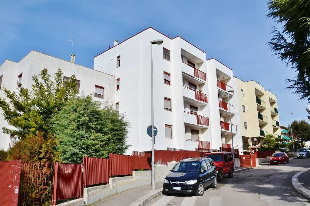 Quadrilocale in Via Nino Rota 2, Putignano