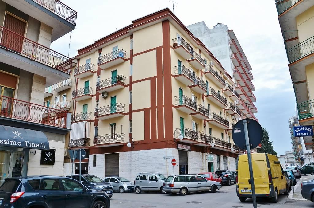 Trilocale in Piazza Giovanni Laterza 16, Putignano