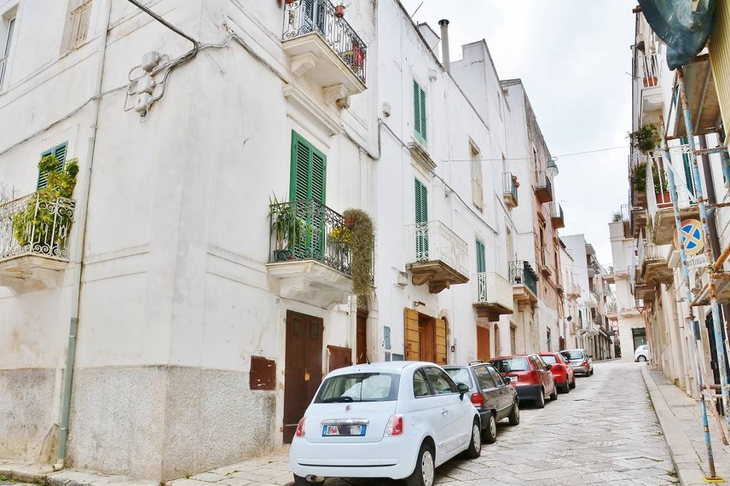 Casa singola in Via Giacomo Tauro 10 - 14, Castellana Grotte