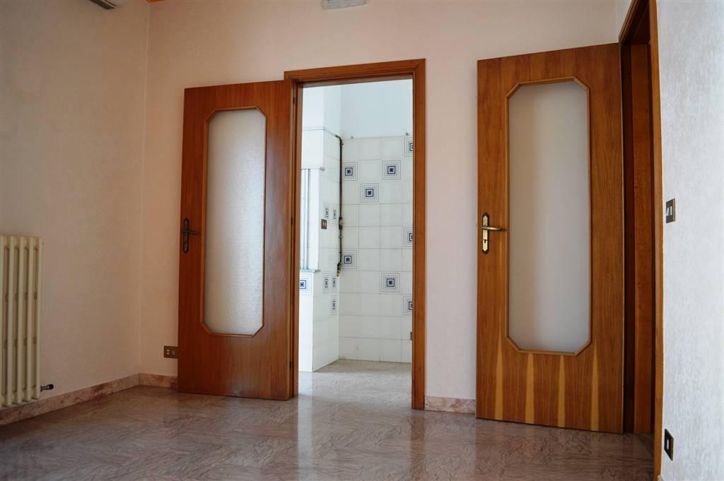 Appartamento in Viale Della Repubblica 26, Putignano