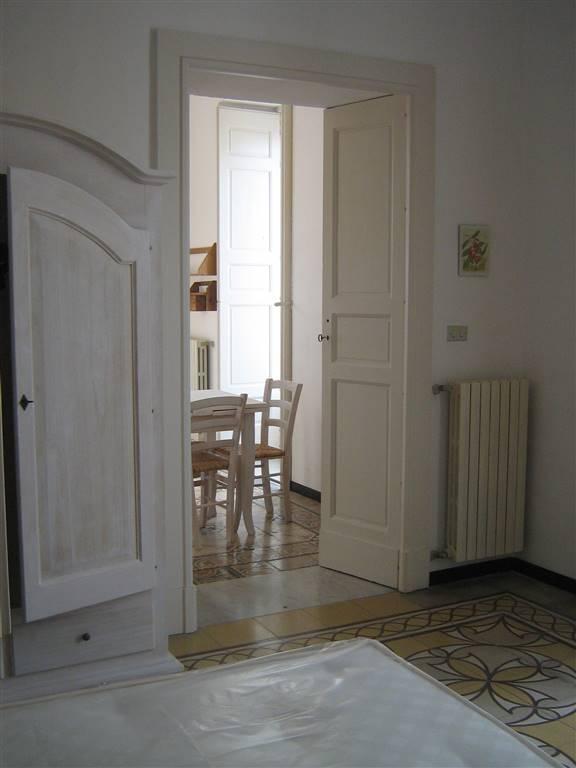 Appartamento in affitto a martina franca zona centro for Affitto taranto arredato