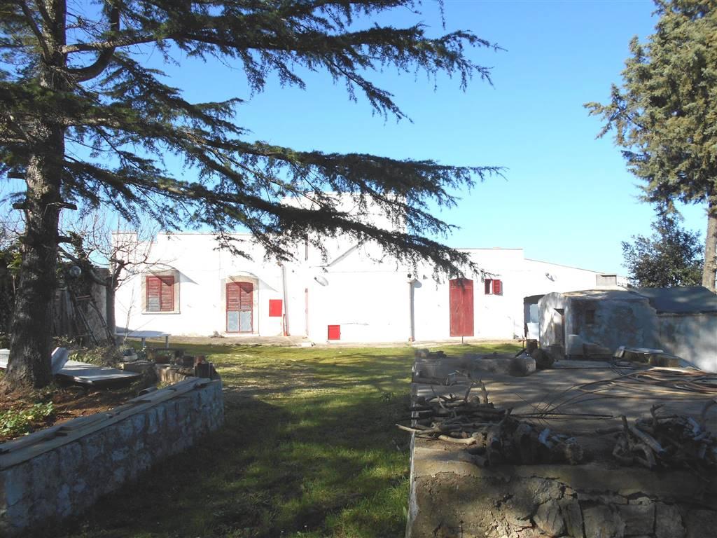 Villino in Fongio, Noci