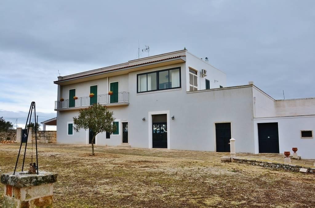 Villa in Via Gioia, Noci