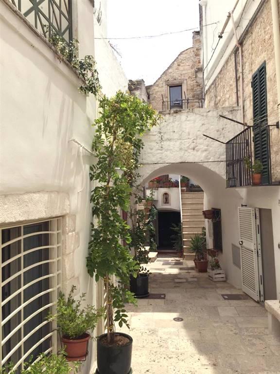 Casa singola in Via Crocifisso  29, Noci