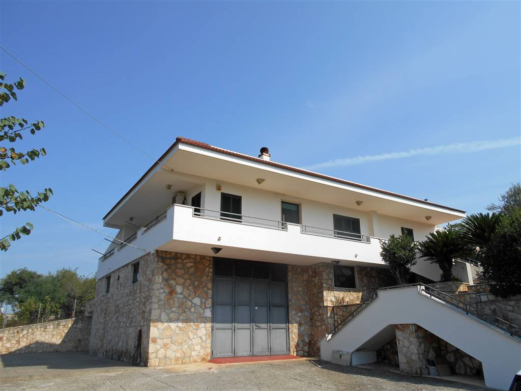 Villa in Strada Statale Per Putignano, Noci